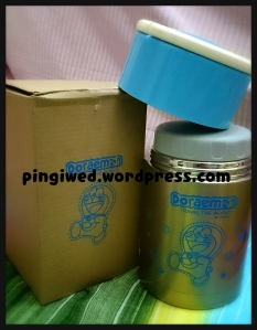 doraemon food container