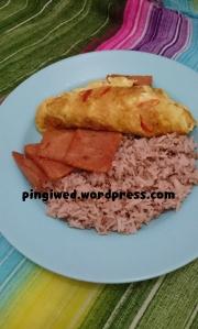 nasi merah putih + telor dadar rawit & ham maling